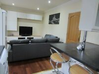 Spacious 2 bed available to rent, fully furnished, great location, bills included!