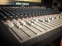 Soundcraft Signature 22MTK - NEW