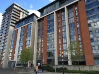 Docklands E16. Large & Luxurious 3 Bed 3 Bath Furnished Apartment with Balcony & Concierge