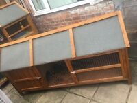 Large hutch for rabbit/guinea pigs