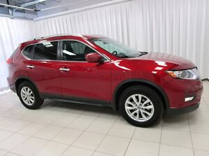 2018 Nissan Rogue SV AWD SUV WITH ONLY 14K!!