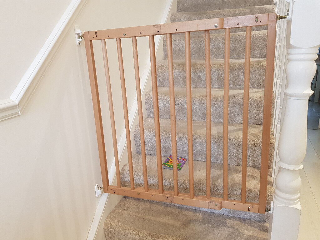 Wood Safety Gates 2 Identical Gates For Sale Price For Pair In Barnet London Gumtree