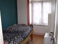 VERY NICE SINGLE ROOM TO RENT close to Liverpool Street & Strafford