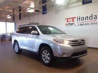 2013 Toyota Highlander V6 *Local Vehicle, No Accidents!*