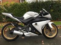 2013 63 reg Yamaha Yzfr125 Low Miles 1 owner Full Mot yzf r125 learner legal 125