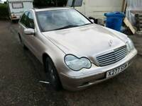 Mercedes C200 kompresor 203 model, 80.000 on clock.mot 1 year.