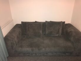 Quick Sale!! 2 seater and 3 seater sofa