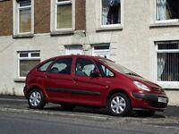 Citreon Picasso 2001 1.8cc petrol, MOT June 2017,elec frt windows,ac,panoramic roof, vgc.