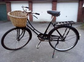 Raleigh bike with rack & basket, vintage/antique possibly from before WW1, suit teenager/small adult