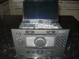SAT Navi CD70 and Colour Information Display (CID)