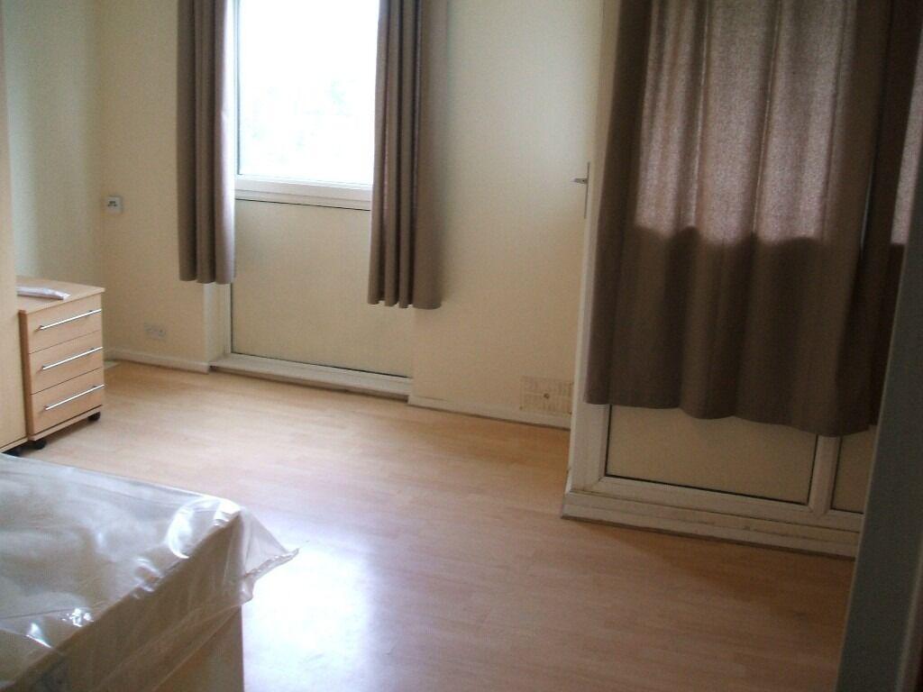 NEWLY REFURBISHED 3 BED PLUS 1 SEPARATE LIVING, MAISONET, NEAR ROMAN ROAD, LONDON E3.