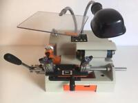 THM XBOLT - CYLINDER KEY CUTTING MACHINE (BRAND NEW) WITH FREE