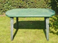 Green Plastic Garden Table / Garden Furniture