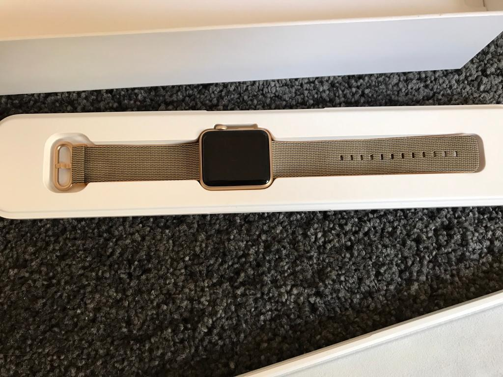 Apple Watch 42mm in gold with gold/orange and royal blue strapin South Shields, Tyne and WearGumtree - Apple Watch 42mm in gold with gold/orange and royal blue strap.hard to get pic of strap colors All boxed and been reset all ready to goEverything is there as new Worn 3 times if that unwanted giftPrice is firm no silly offers