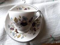 18 Piece Fine Bone China Tea Set