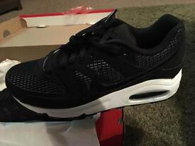 Ladies Nike Air Max Command Size 5