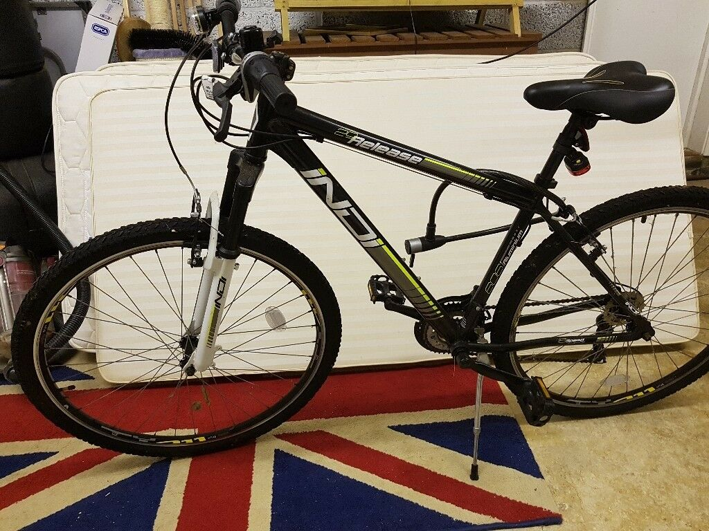 Adult bike hardly used with good lock.