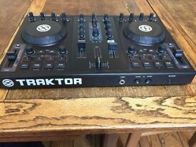 Traktor Kontrol S2/Gemini speakers/Ekho Amp