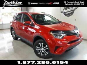 2017 Toyota RAV4 LE | AWD | BACK UP CAMERA | HEATED SEATS |