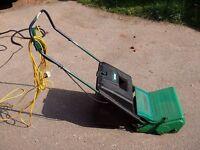 Lawn Scarifier - Qualcast RE35 Good Condition