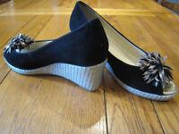 Van Dal Ladies Wedge Shoe