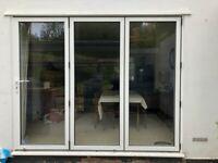Aluminium bifold doors - 3 panel bi-fold white