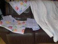Double & Single Bedding Set & Curtains (purple/yellow) from Broomhill