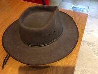 Genuine Australian made men's Akubra felt hat size 58