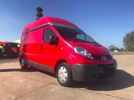 2010 RED RENAULT TRAFIC LH29 DCI 115