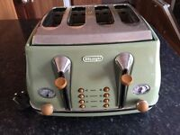 Delonghi Vintage Toaster, 4-Slices
