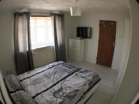 Large double room near the city centre of Chelmsford