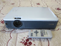 Sanyo Projector PLC-XD2200 - Excellent Condition - Incl Accessories