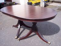 Vintage oval dining table with new top for 6 seater-folding table, solid wood. Very good condition.