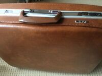 Gorgeous Vintage Suitcase. Beautifully Lined, Original Key, Pull Handle, Stunning For Its Age.