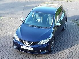 Nissan Pulsar Tekna Diesel Top of the range,with low miles,azure blue,low price