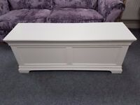 Large sturdy white ottoman, storage box, great quality and in good condition