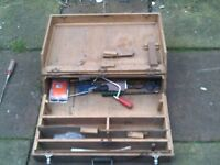 JOINERS TOOL BOX FROM 1960s WITH LARGE AMOUNT OF TOOLS