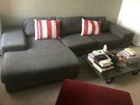 Bargain amazing large modern couch in great condition