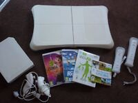Wifit console, balance board and bundle with games and all cables - as new hardly used!