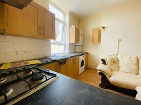 Two Bed First Floor Flat in Goodmayes