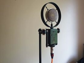 SONTRONICS SATURN FIVE-PATTERN CONDENSER MICROPHONE - VGC - RARELY USED - BEAUTIFUL SOUND CAPTURE.