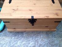 New corona blanket box