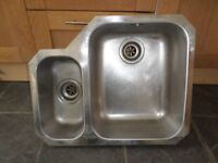 FRANKE STAINLESS STEEL 1.5 BOWL KITCHEN SINK WITH MIXER TAPS