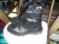 Safety boots size 11uk/46eu