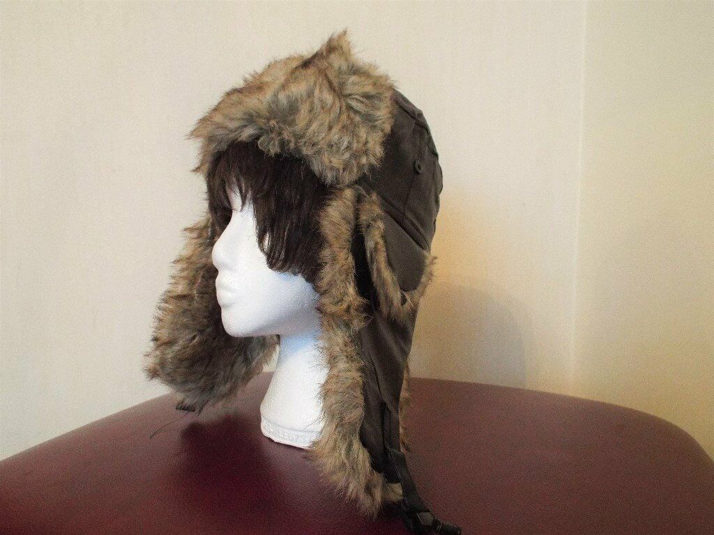 1ee02523fc0 Unisex Russian Bomber-Type Trapper Hat with Earflaps