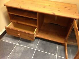 SOLID PINE TV UNIT WITH GLASS DOOR AND DRAWER
