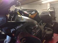 REDUCED! Honda CBR fireblade 900