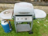 GAS BARBECUE WITH BOTTLE VERY GOOD CONDITION