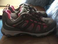 Women's walking trainer/Shoe