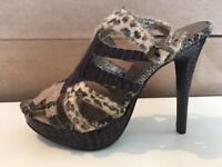 Women's purple snake skin leopard print heels size 6